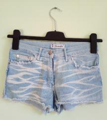 Kratke traper hlačice XS/S