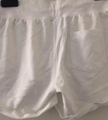 Esmara bijele hlačice