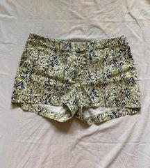 Kratke ljetne hlačice