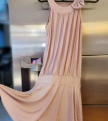 Ljetna haljinica, nošena