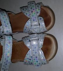 Froddo srebrne sandalice 24