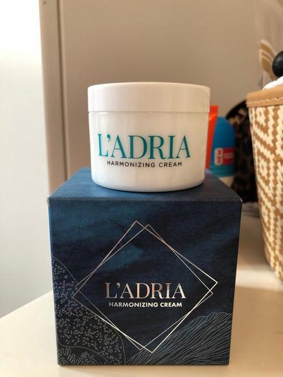 L'ADRIA Harmonizing Cream