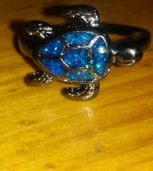 Prsten plavi fire opal vel. 9