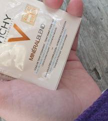 Vichy mineralni puder