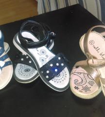 Lot sandale 27