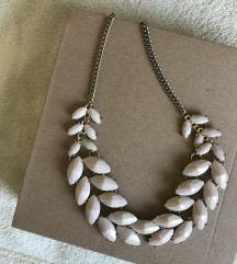 Svijetloroza ogrlica