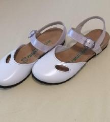 AKCIJA Ljetne cipele od prave kože u bijeloj boji