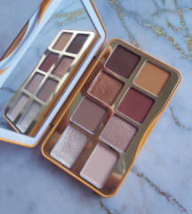Too Faced Hot Buttered Rum paleta