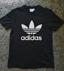 Adidas crna majica