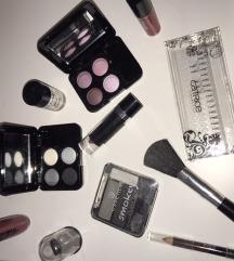 Šminka + poklon kutija (više proizvoda)