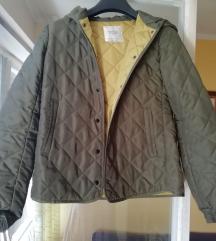 Zara zelena jakna