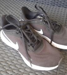 Nike tenisice vel. 37,5