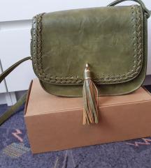Maslinastozelena torbica od eko kože