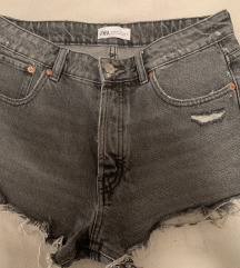 Zara sive jeans hlacice