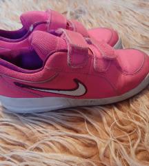 Nike tenisice 33