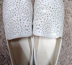 Cipele bijele sa srebrnim ljuskicama