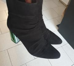 Zara cizme nove