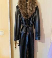 Dugi kaput s pravim krznom