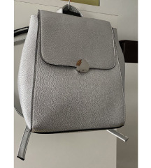 Novi srebrni ruksak