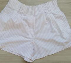 42 lagane kratke hlače, nježno roza i bijele pruge