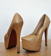 Cipele na tak