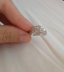 Novi, prekrasan, zlatni prsten (bijelo zlato-585)