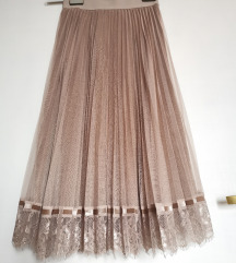 Reserved suknja od tila i čipke