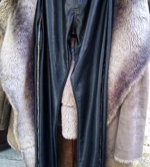 Novo, hlače od umjetne kože