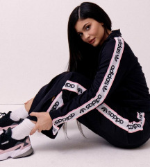 Adidas x Kylie Jenner falcon tenisice