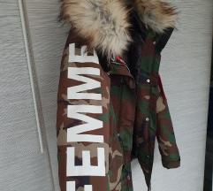 NOVO! Bershka military jakna