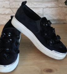 Blink plišane ženske niske cipele crne boje