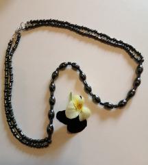 Vintage ogrlica od hematita
