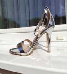 NOVE ženske sandale na petu