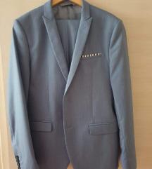 Zara muško odijelo 54/44