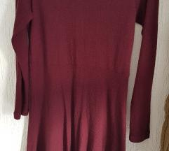 Tamno crvena haljina