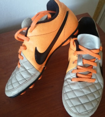 Kopačke Nike 32
