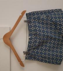 Kratke hlačice s uzorkom