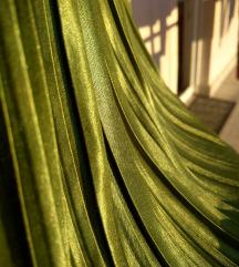 Prekrasna nova zelena suknja 38