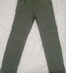 Nove frajerske hlače s etiketom vel.116