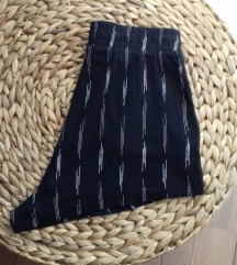 Crne hlačice visokog struka