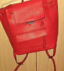 Zara ruksak- uključena pt