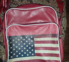 Sportska crvena torba