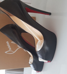 Christian Louboutin very prive 120 calf crne