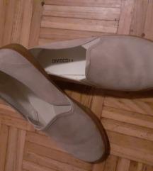 Divided cipele
