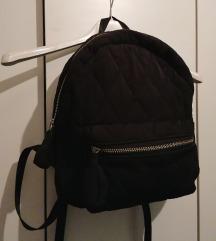 Crni ruksak Stradivarius