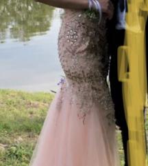 Svećana haljina