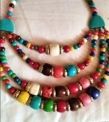 Ogrlica od poludragih kamenčića, prekrasna