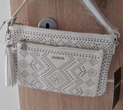Desigual torbica - ukljucena postarina