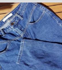 STRADIVARIUS mom jeans traperice / trapke