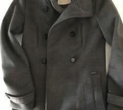 Sivi dugi pull&bear kaput